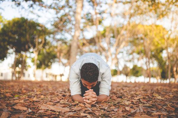 Зачем молиться, если Бог Всезнающий?