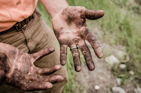 Что превосходней: служить Богу в церкви или на работе?